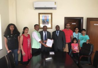 Malawi bashes deported dubious Indian Investor over fake protest
